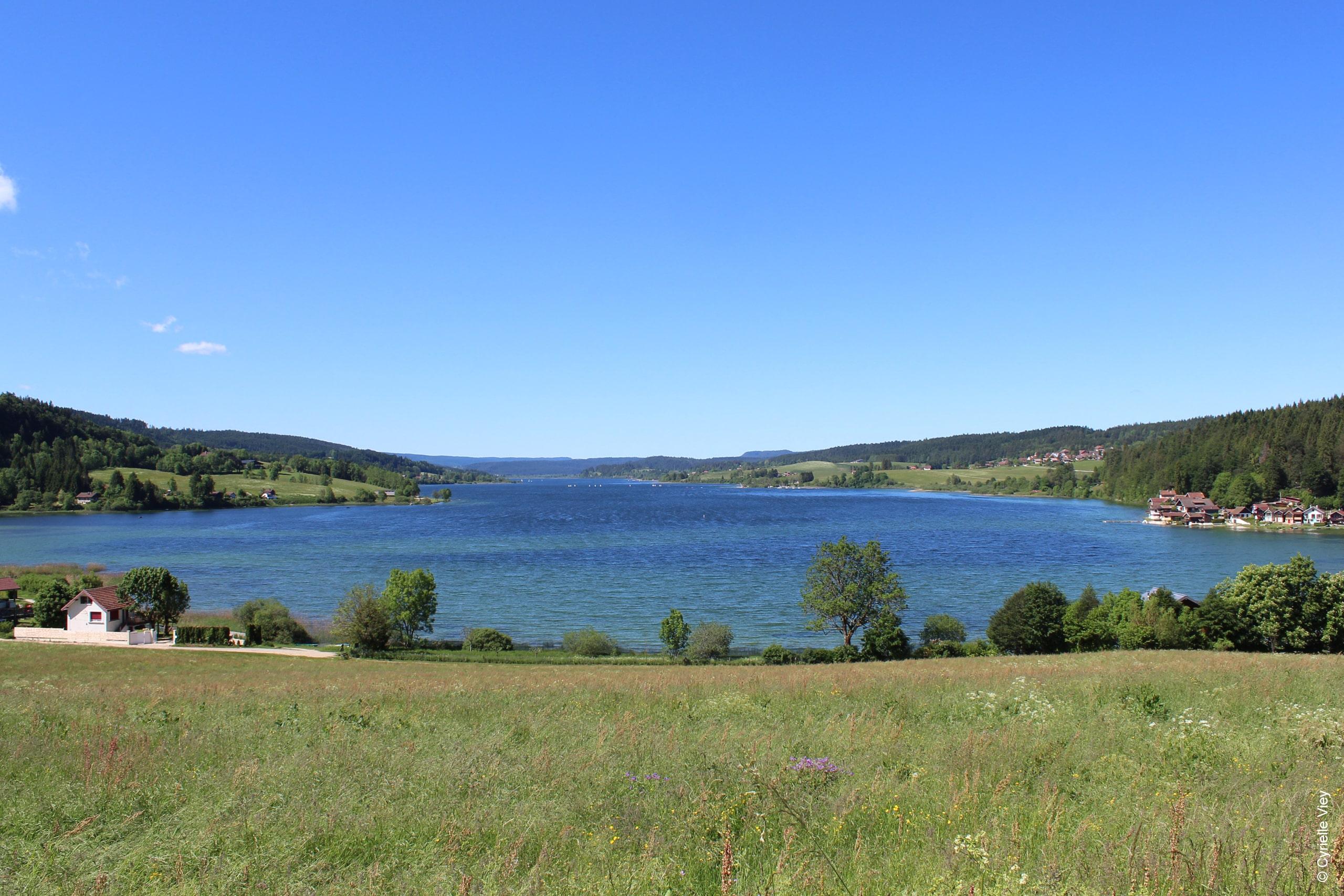 Malbuisson-et-les-lacs-lac-saint-point-Cyrielle-Viey-1.jpg